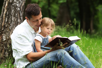 raising-children-reading-bible